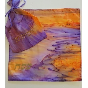 HAND PAINTED SILK MATZA SET Thumbnail